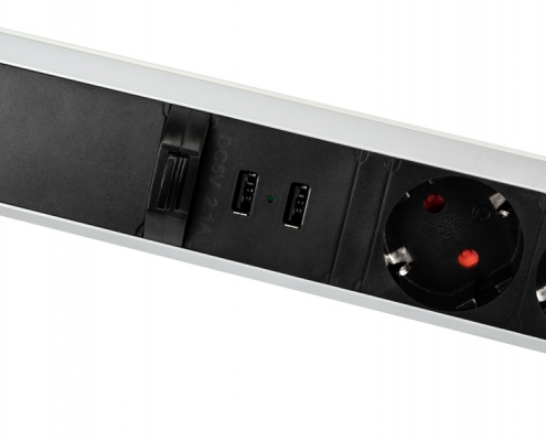 TecLines TVS002 retractable power strip 315 mm, 3x safety socket, 2x USB